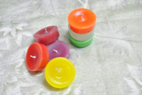 Coloured Tea Light Candles (Assorted) - Set of 7